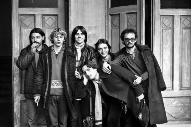 Druga zasedba Begnagrada: Bogo Pečnikar, Nino de Gleria, Aleš Rendla, Bratko Bibič, Tine Žitko (tehnik), Boris Romih; Maribor, 1981 (foto: Andrej Klančar)