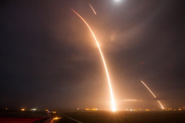 spacex landing timelapse