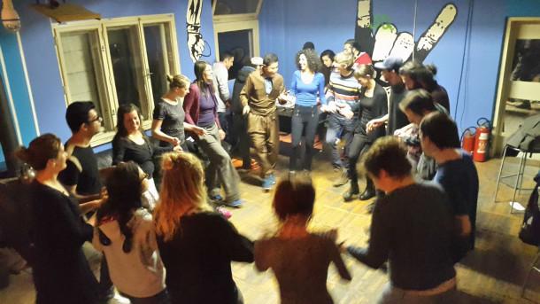 Tečaj kurdskih in arabskih plesov v Second Homu