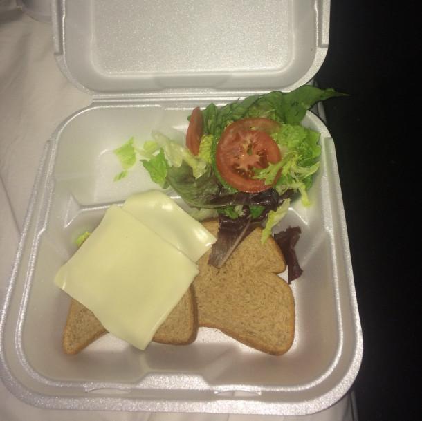 Večerja, ki so jo dobili obiskovalci Fyre festivala in naj bi jo pripravil Stephen Starr