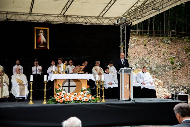 Janša v Kočevsku Rogu